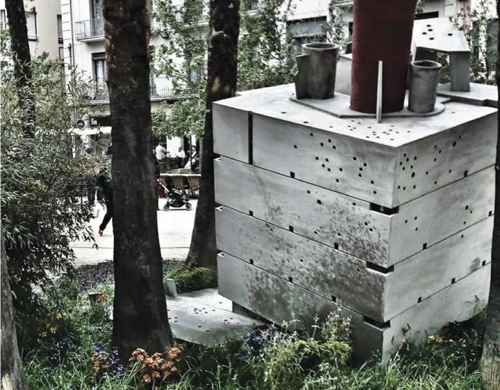 Petit jardí en pendent – refugi per a jove poeta